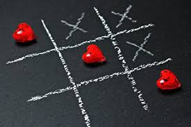 image of tic tac toe and hearts