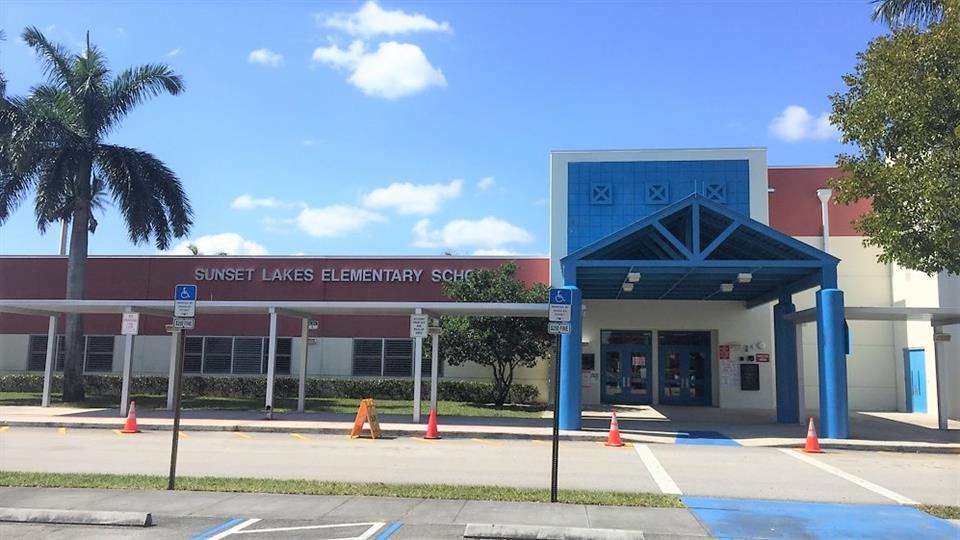 Sunset Lakes Elementary School Homepage